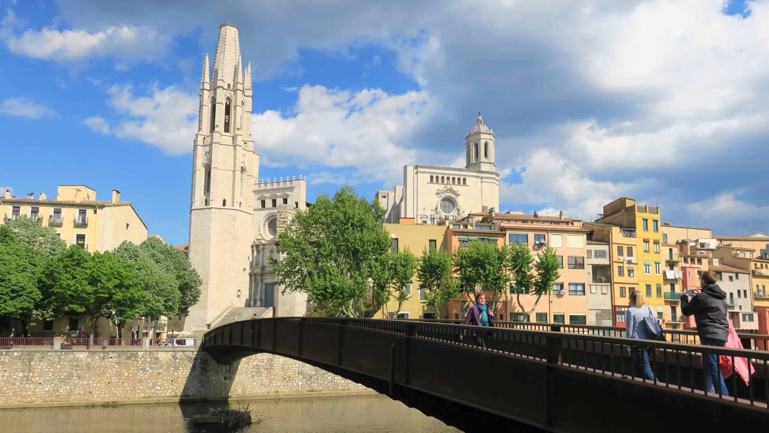 北スペインの観光スポットであるカタルーニャのジローナ