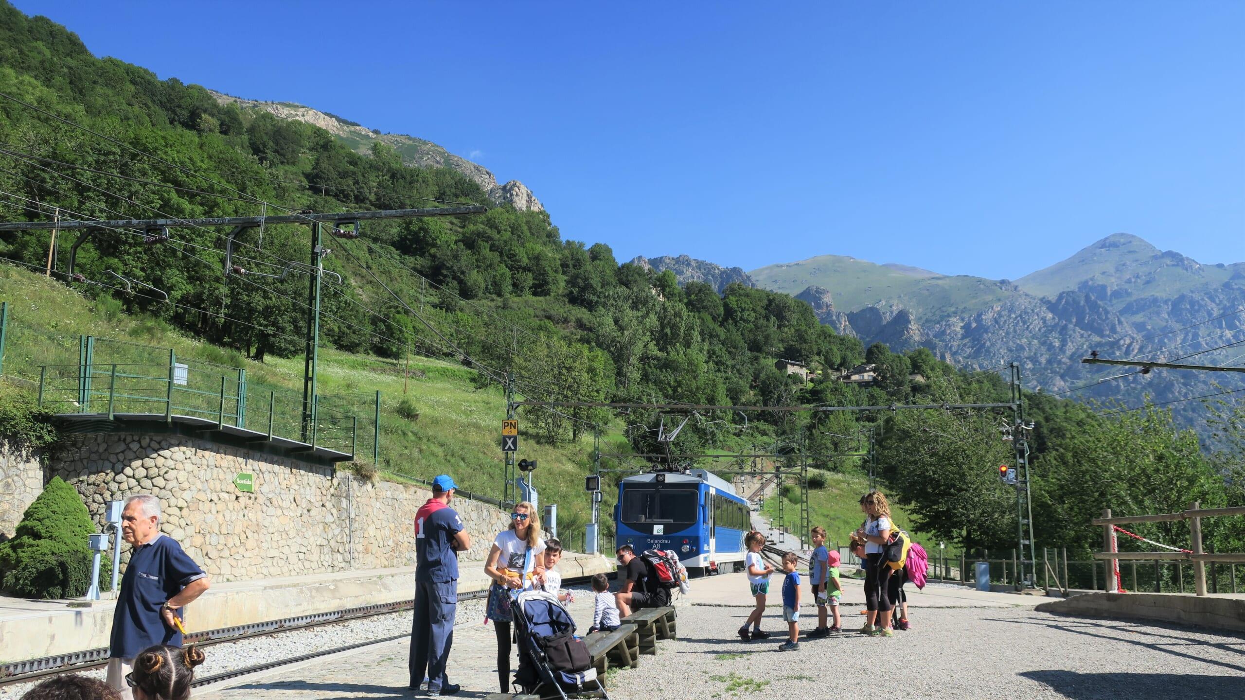 北スペインの観光スポットであるカタルーニャのヌリア渓谷