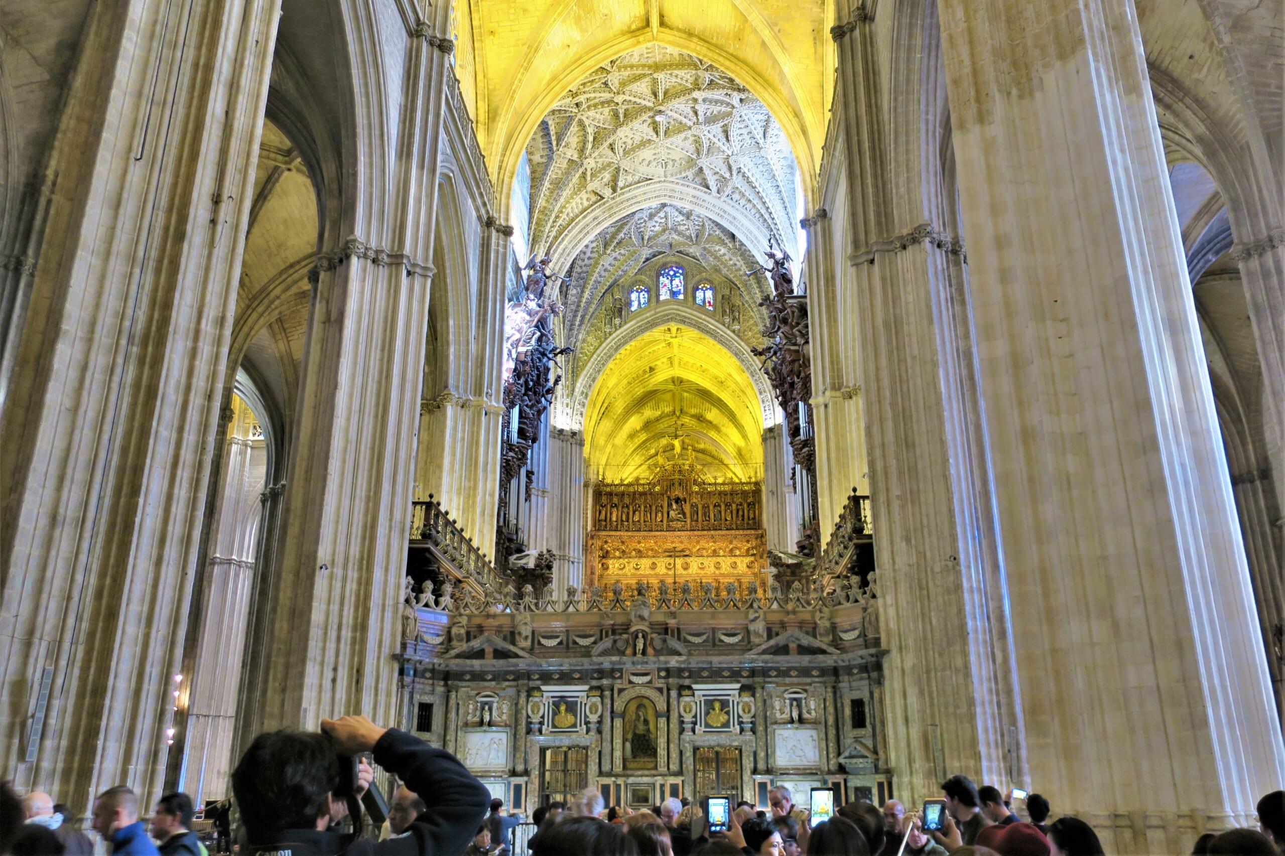 スペインのゴシック様式の教会