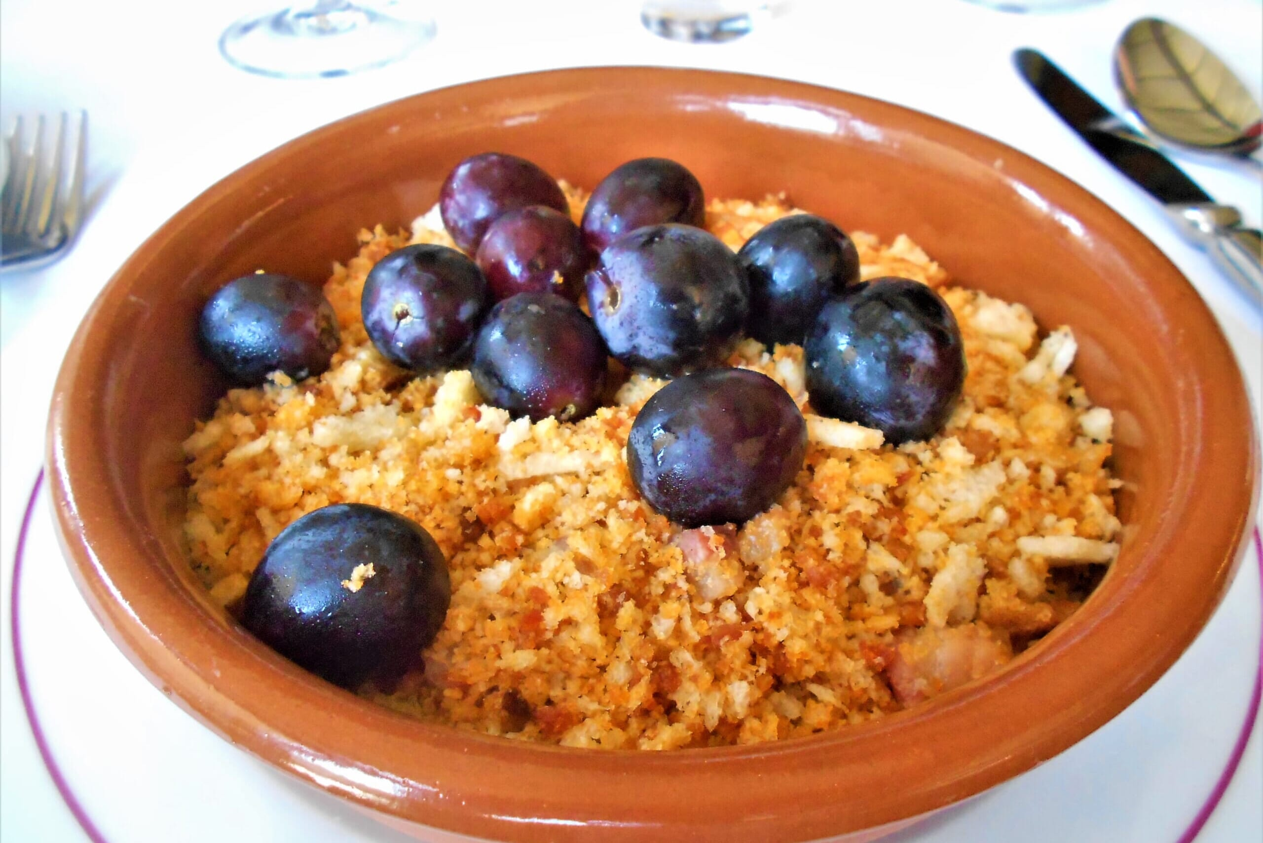 スペインのパン料理