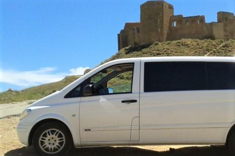 北スペインで専用車