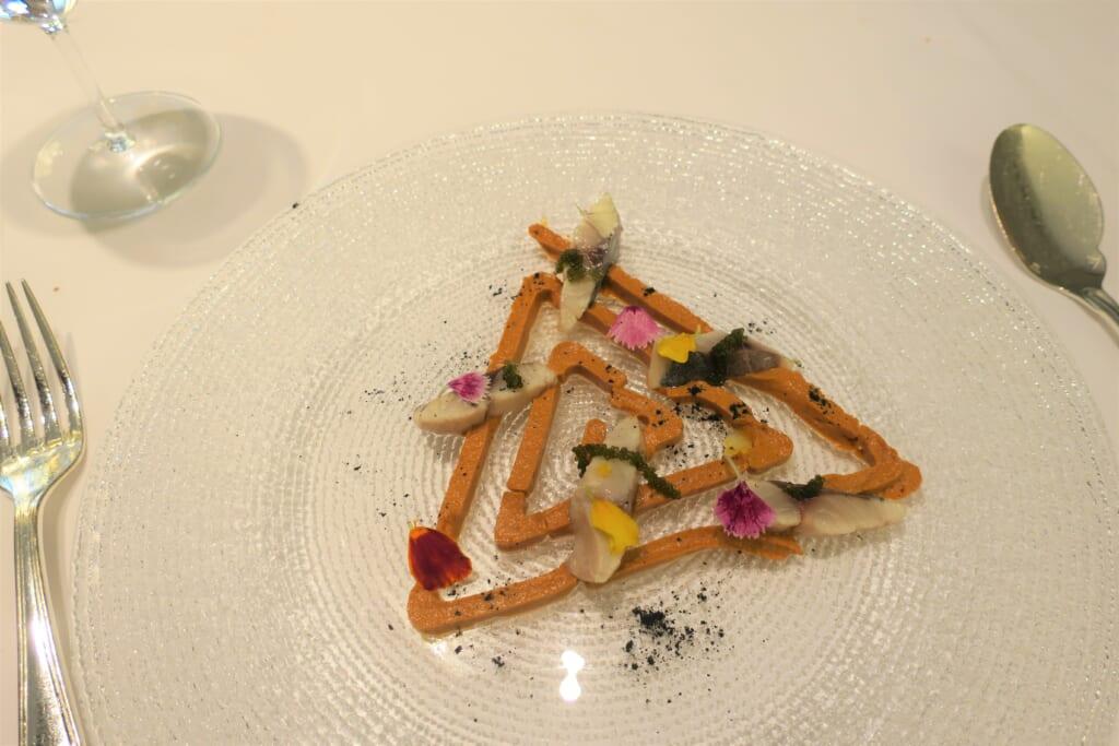 北スペインの観光スポットであるバスクのミシュランの星付きレストランでランチ